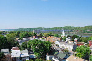 Poughkeepsie,_NY_spring_2010_bird's-eye_view