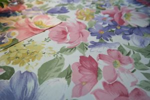 tablecloth-195659_1280