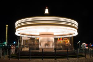 amusement-park-1492100_1280